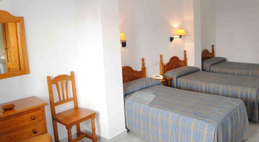 Habitación Triple Hotel Mirasol